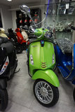 Vespa Sprint Matt Lime Mat Groen Custom_7