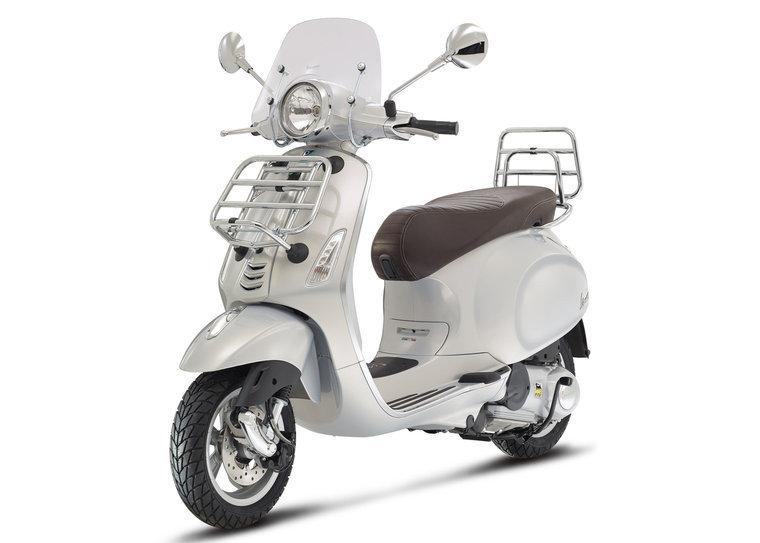 Vespa Primavera Touring Grigio Seta Grijs scooterloods haarlem