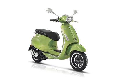Vespa Sprint scooter Verde Met Groen E4 I-GET