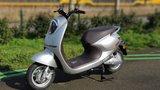 Yadea C-umi mat zilver Elektrische scooter RIJKLAAR_
