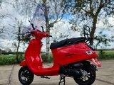 Capri V2s Rood EFI + Windscherm + Kettingslot 180 cm ART 4 - Rosso Dragon E5 injectie_