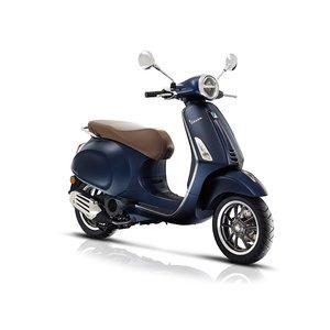Vespa Primavera S Blue Mat Donkerblauw E4 I-GET