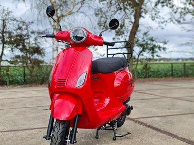 Capri V2s Rood EFI - Rosso Dragon E5 injectie