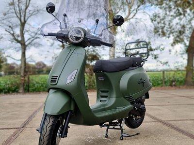 Capri V2s mat groen EFI + Windscherm + Kettingslot 180 cm ART 4  - Mat Army Green E5 Injectie